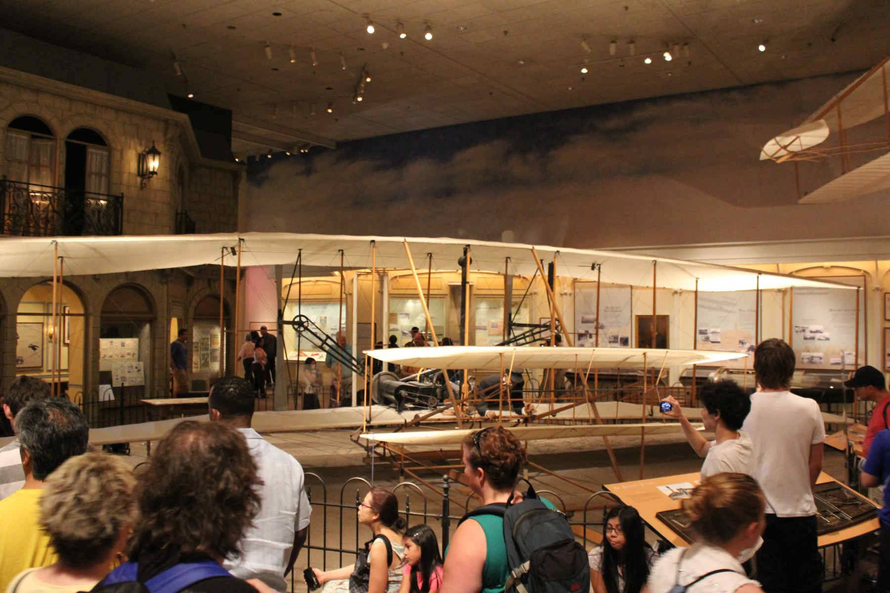 Alternative angle of the Wright Brother's Plane